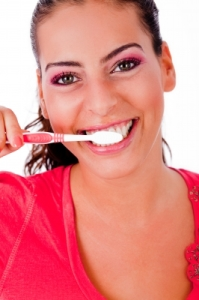 How often should you replace your toothbrush? Here's what the dentist recommends!
